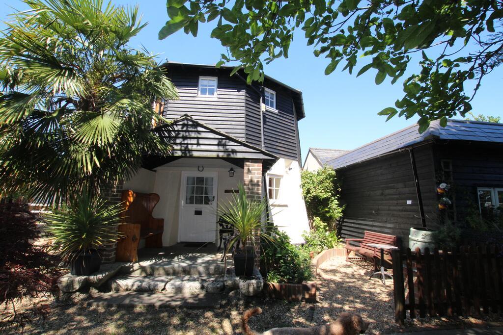 Hunston Mill Cottage
